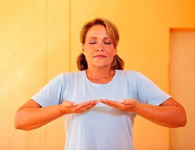 Какой должна быть профилактика при аритмии? дыхательная гимнастика, йога, лфк