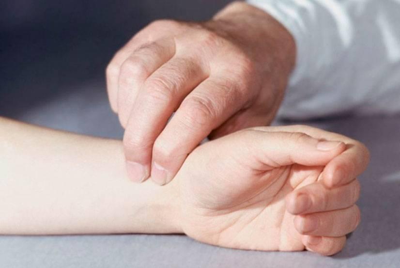 Что такое тахикардия: симптомы и лечение учащенного сердцебиения