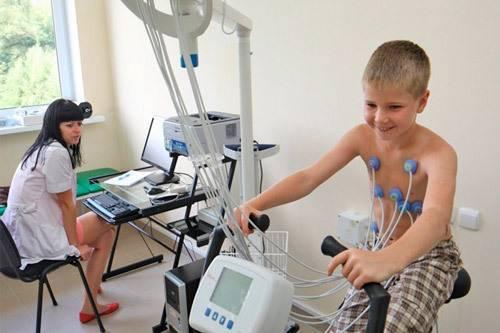 Тахикардия у ребенка: причины учащенного сердцебиения