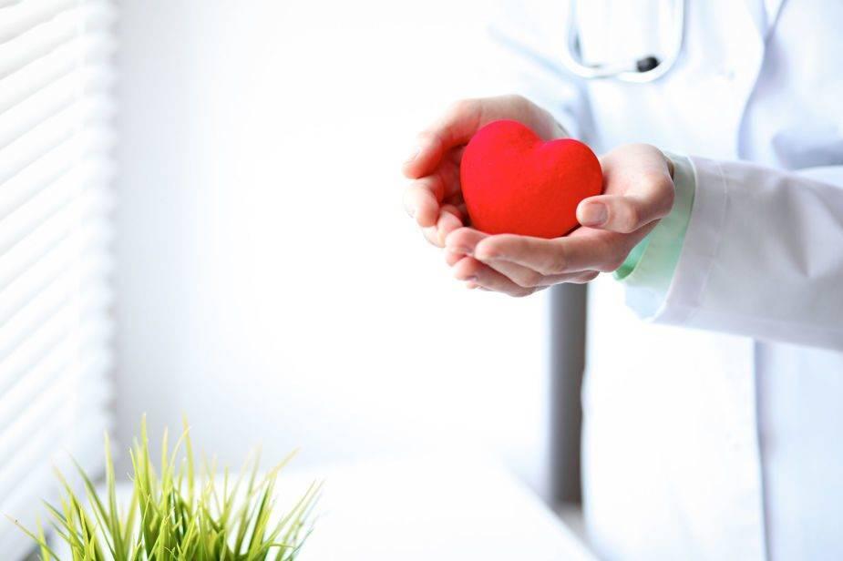 Восстановление ритма сердца разрядом электротока